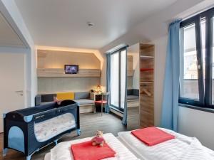 hostel vienna meininger bedroom