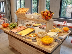 hostel vienna meininger breakfast
